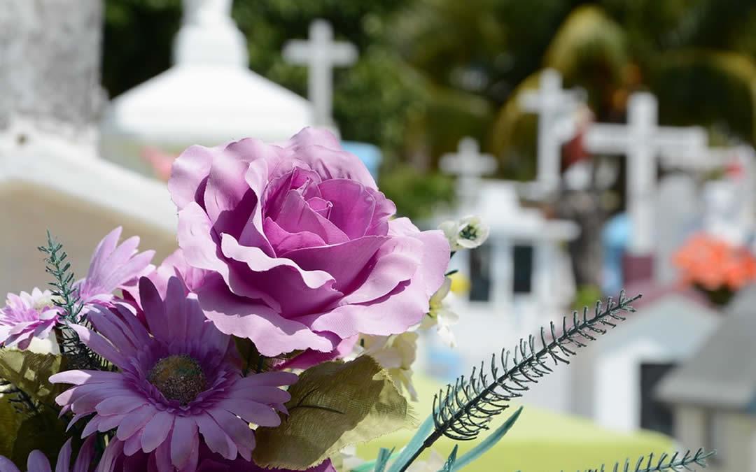 Cerimonia civile funebre personalizzata con ricevimento